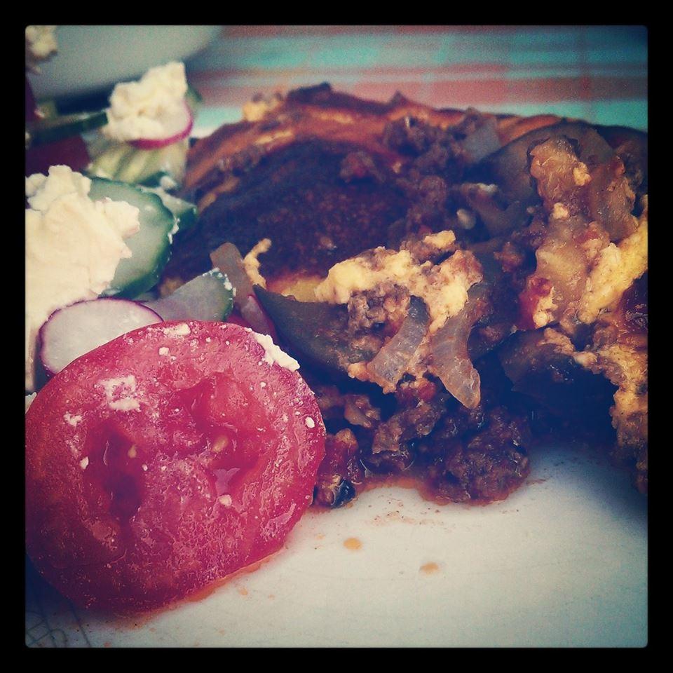 Skøn moussaka med frisk græsk salat - I <3 it! :-)