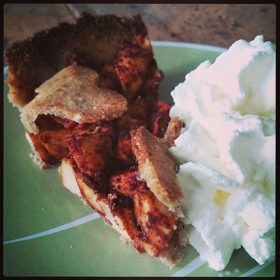 Lækker lun tærte med flødeskum! Ægte efterårshygge!